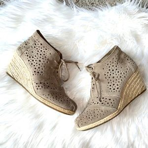 Toms Taupe Lace Up Booties 7